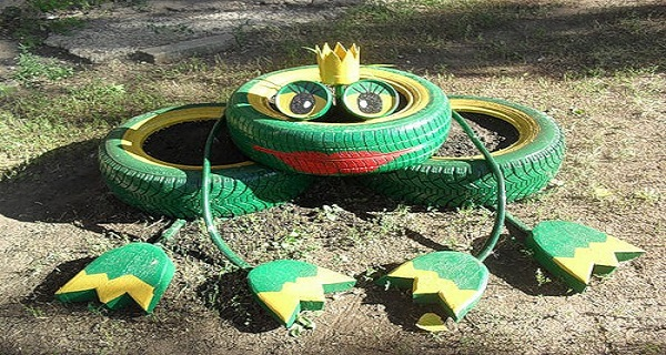лягушка из шин